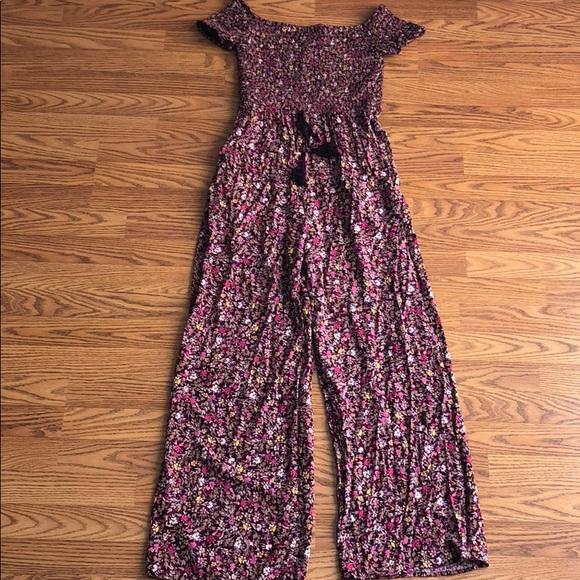 ca02e4ca4d0 Target xhilaration smocked floral jumpsuit. M 5b8ee53b7386bc820314fccf